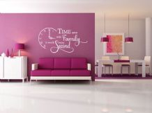 'Time spent with family is worth every second' Wall Art Sticker, Modern Decal